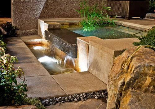 outdoor water feature landscaping design
